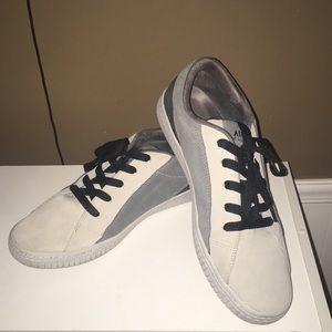 Size 13 Airwalk Classics